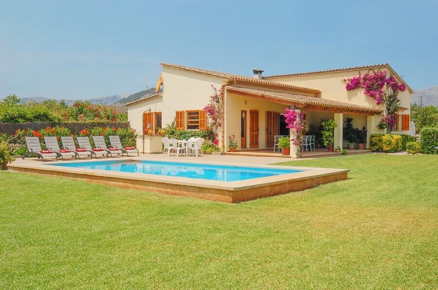 Villa Fiol - Holiday Villa in Pollensa, Mallorca (Majorca)