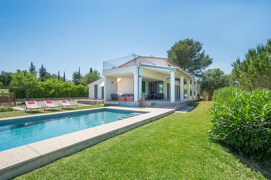 See Villa Olivar Full Photo Gallery