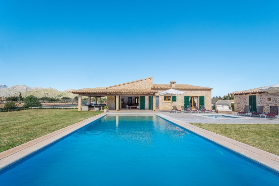See Villa Seguinot Gran Full Photo Gallery