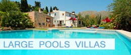 Villas with large pool in Pollensa